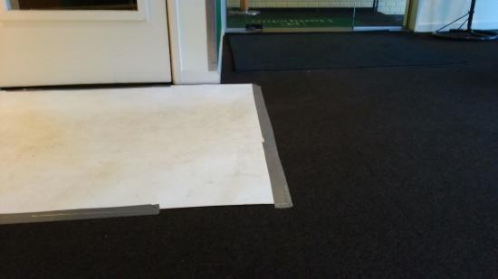 """Hampshire Hotel - Theatre District Amsterdam: Reception """"carpet"""""""