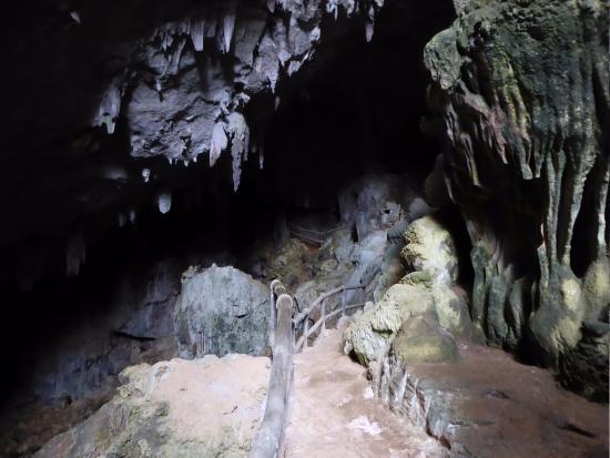 Mai Chau, Vietnã: Visit the cave
