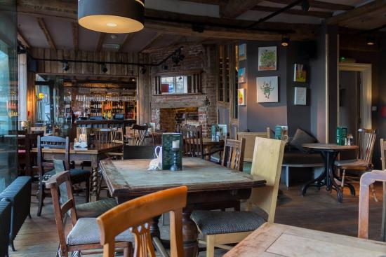 Wellington at Welwyn: The restaurant