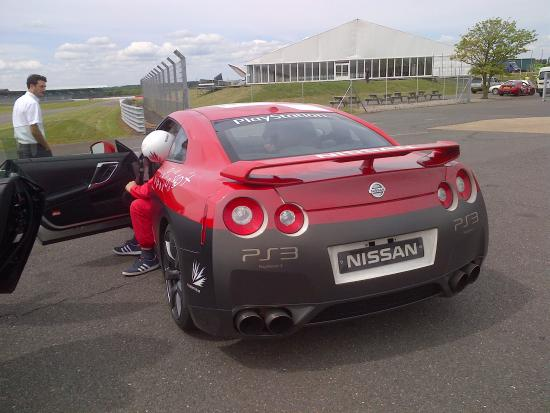 Silverstone, UK: Skyline GT-R