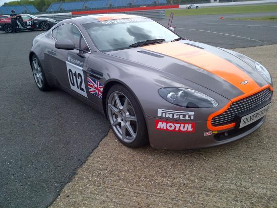 Silverstone, UK: Aston Martin DB7