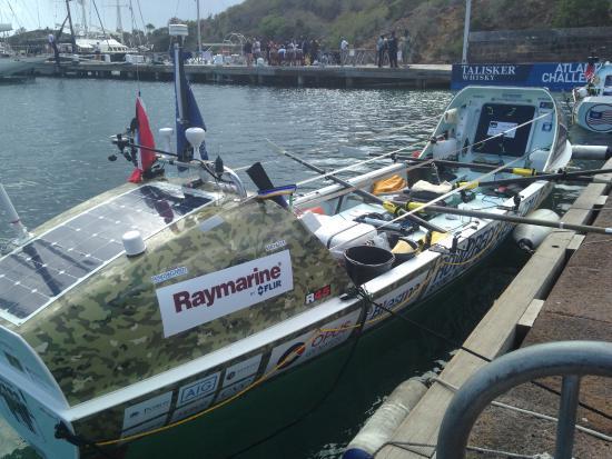 English Harbour, Antigua: Team Legless rowing boat
