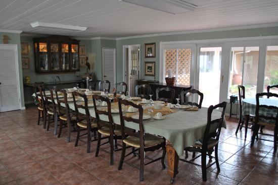 Dauphin House Bed & Breakfast: Full breakfast included