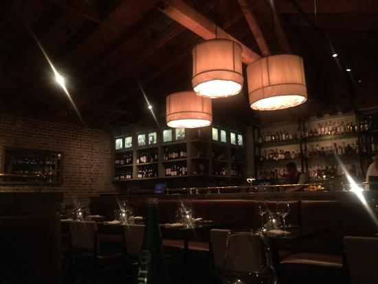 Hermosa Beach, CA: Nice ambience, good food and great service. Definitely a go-to for steak! The seafood was fresh