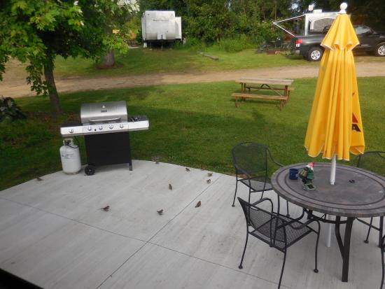 Covert, MI: Great patio with gas grill and table.
