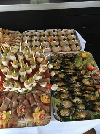 Σεν Λουί, Γαλλία: Buffet