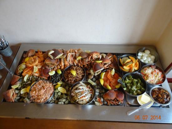 Varetz, France : soirée fruits de mer