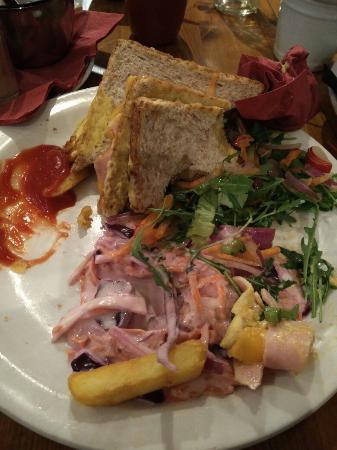 Mackenzies Highland Inn Restaurant: TA_IMG_20160207_213001_large.jpg