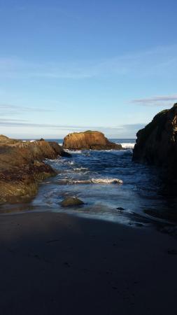 Glass Beach: 20160206_081613_large.jpg