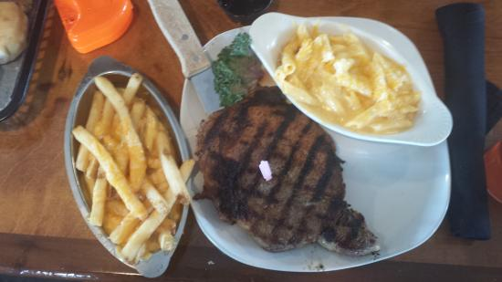 Fort Smith, AR: Peacemaker/12 oz. Ribeye with Mac & Cheese & Cheese Fries