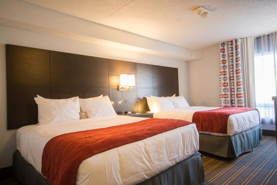 Leamington, Canada: New 2 Queen Bed