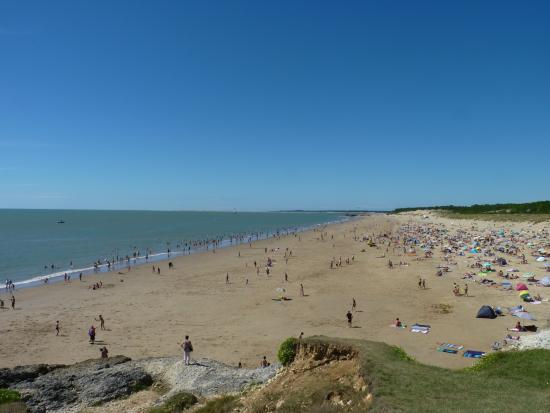 Poitou-Charentes, Francia: Vue sur la plage de la Grande Côte depuis la terrasse du restaurant