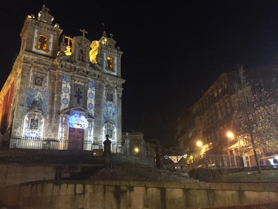 Porto District, Portugal: Igreja Santo Ildefonso by night