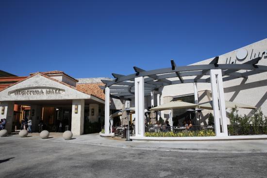 Aventura Mall Bella Luna Restaurant
