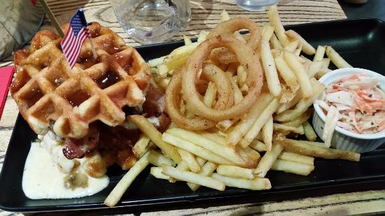 Yeadon, UK: Sweet Waffle Chicken Burger