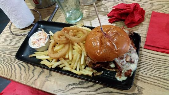 Yeadon, UK: Burger