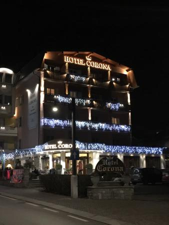 Hotel Corona Pinzolo: photo0.jpg