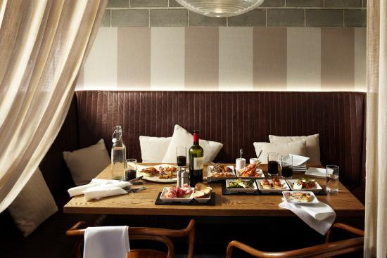 Ostani Bar & Restaurant