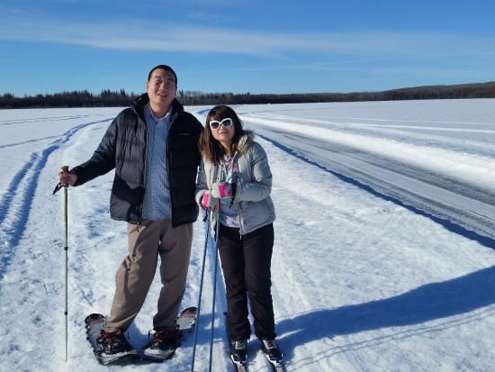 Cold Lake, Canadá: X Country skiing on the property