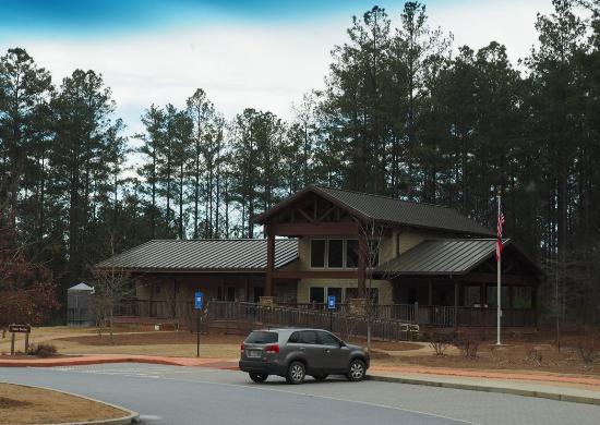 Newnan, GA: Modern Visitor's Center