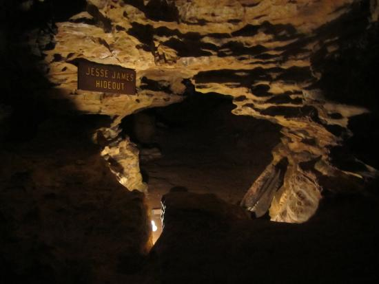 Hannibal, MO: Inside the cave