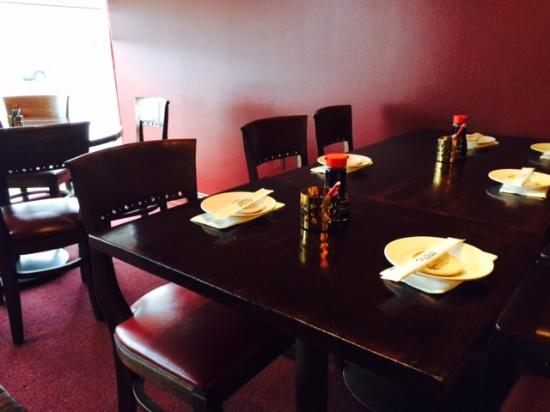 Erlanger, KY: Classy dining room