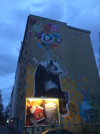 Apartmenthouse Berlin: One block up
