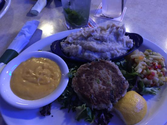 Jensen Beach, FL: crab patty and mashed potatoes