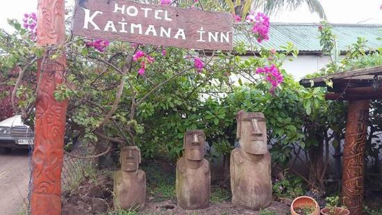 Kaimana Inn Hotel & Restaurant: Entrada del hotel