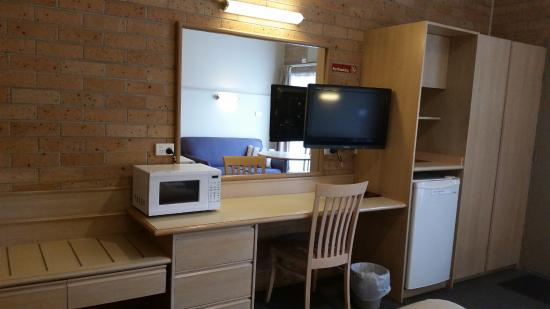 Nowra, Australien: TV, microwave, fridge, desk