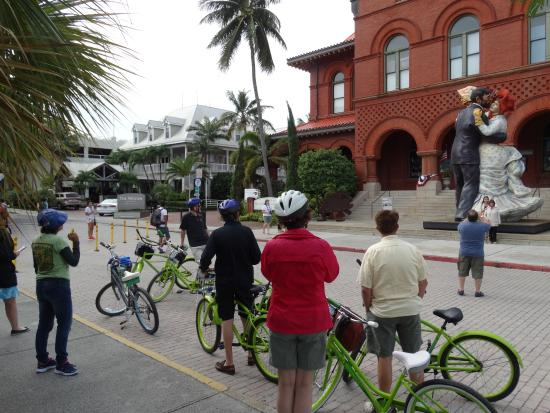 Key Lime Bike Tours : Break during tour . . .