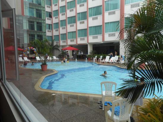 Visita al Hotel El Marques