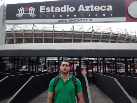 Entrada do est dio picture of estadio azteca mexico for Puerta 1 estadio azteca