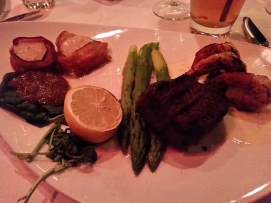 Bethesda, MD: Mixed Grill - 6 oz filet mignon, 3 jumbo shrimp, 2 bacon scallops, and asparagus