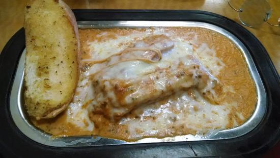 Wilkesboro, Carolina del Nord: Lasagna was excellent.