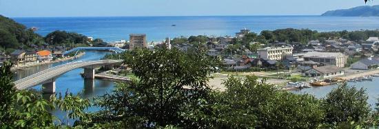 Kyotango, Japón: 日本海と久美浜湾に挟まれた小天橋