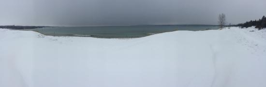 Petoskey State Park: winter dunes