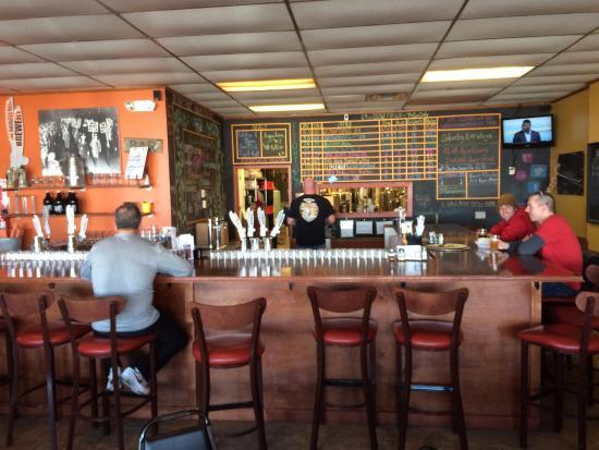 Vandalia, OH: Bar
