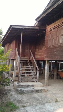 Phrae, Tailandia: บ้านทุ่งโฮ้ง