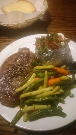 peppercorn steak - Picture of Zala's Steak and Pizza, Revelstoke ...