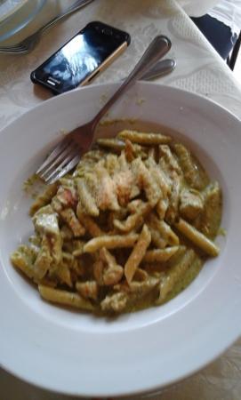 Intermezzo del Bosque : Chicken Pesto Penne