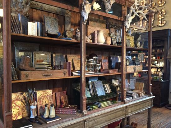 Franklin, TN: The interior of one of the GORGEOUS shops.