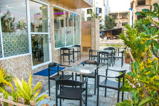 Vilu rest hotel hulhumale 2018 review ratings family for The family room hulhumale