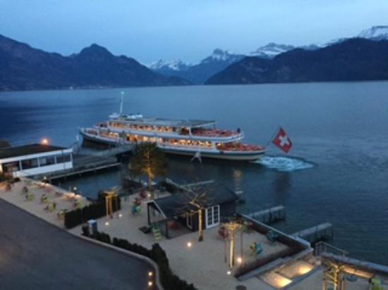 Weggis, Szwajcaria: Direkte Schiffsverbindungen zu den Kursschiffen