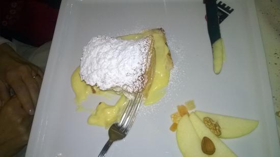 Vogogna, Italia: Millefoglie alla crema pasticcera