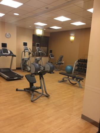 Hilton Garden Inn Virginia Beach Town Center: photo0.jpg