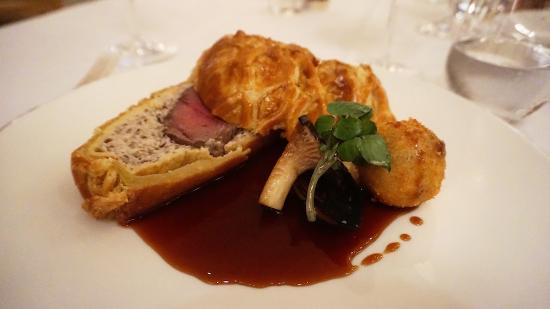 The Goring Dining Room - Beef Wellington