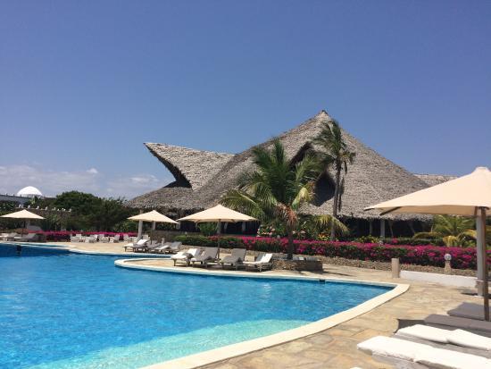 Club Valtur Twiga Beach: PISCINA E RISTORANTE