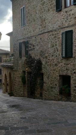 Monticchiello, Italien: 20160206_154937_large.jpg