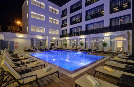 Pool Area At Night Picture Of Hotel Lero Dubrovnik Tripadvisor